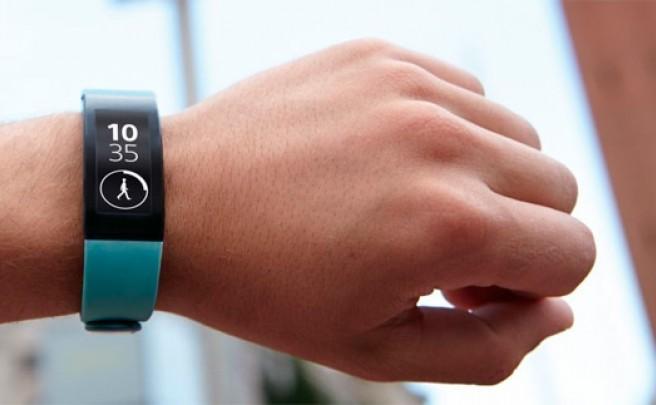 Sony Smartband Talk, una renovada pulsera cuantificadora ahora con funciones para ciclistas
