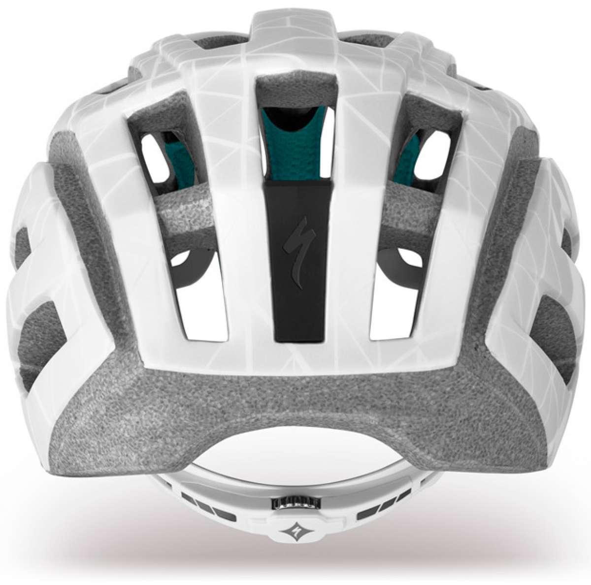 Specialized Andorra, el casco de la firma para ciclistas femeninas