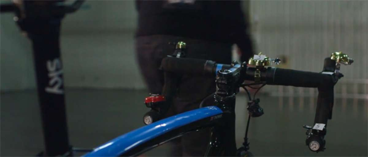 """La original y """"musical"""" felicitación navideña del equipo ciclista Team Sky"""