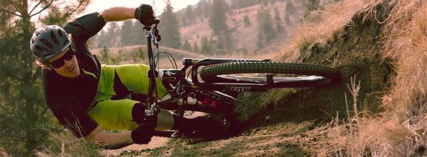 Desafiando las leyes de la física con Matt Hunter y su increíble y espectacular 'tumbada' en bicicleta