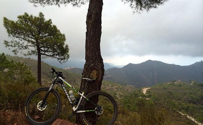 La foto del día en TodoMountainBike: 'Nubes en el Desierto de las Palmas'