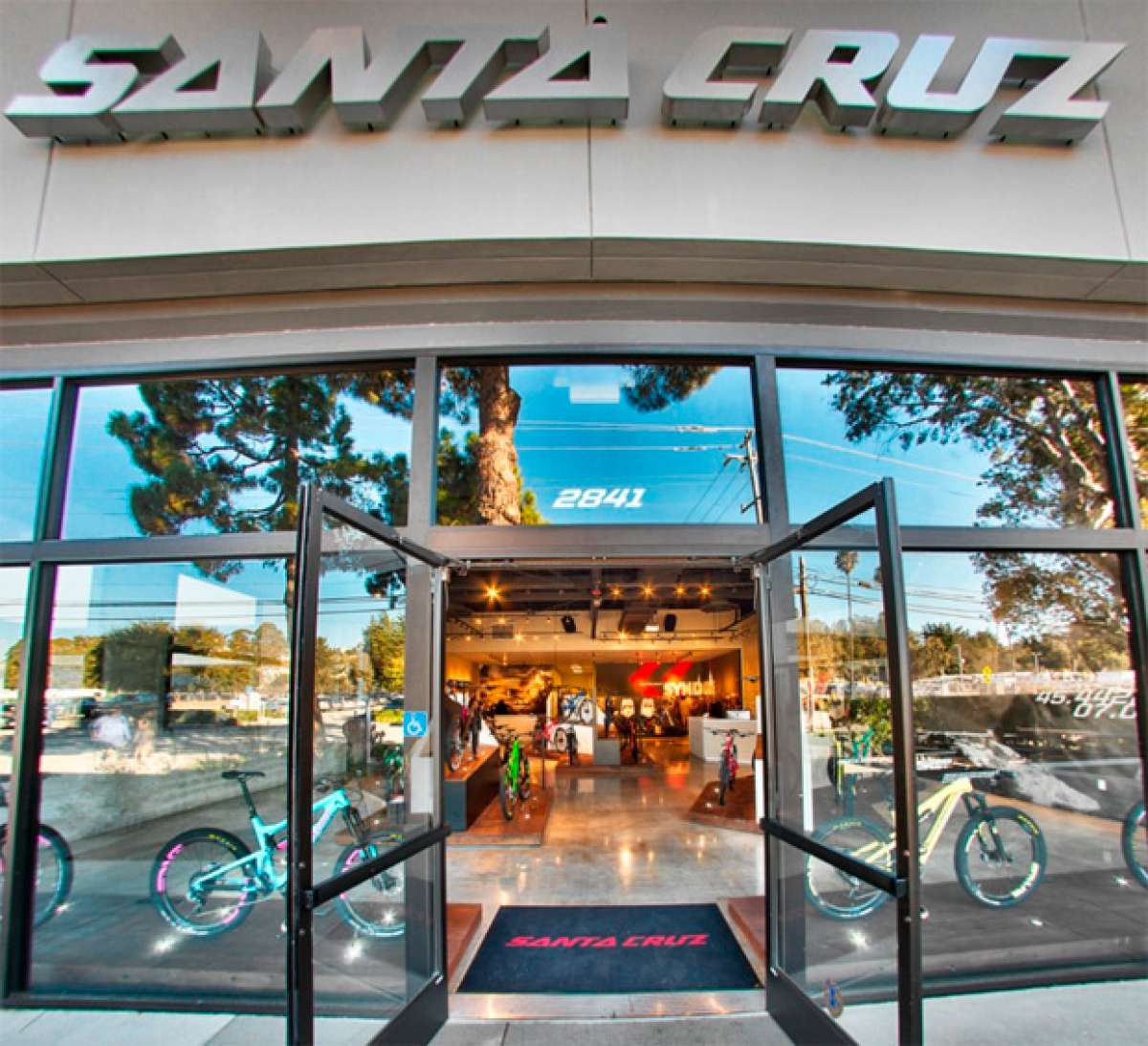 Visita virtual a la factoría de Santa Cruz Bicycles en California