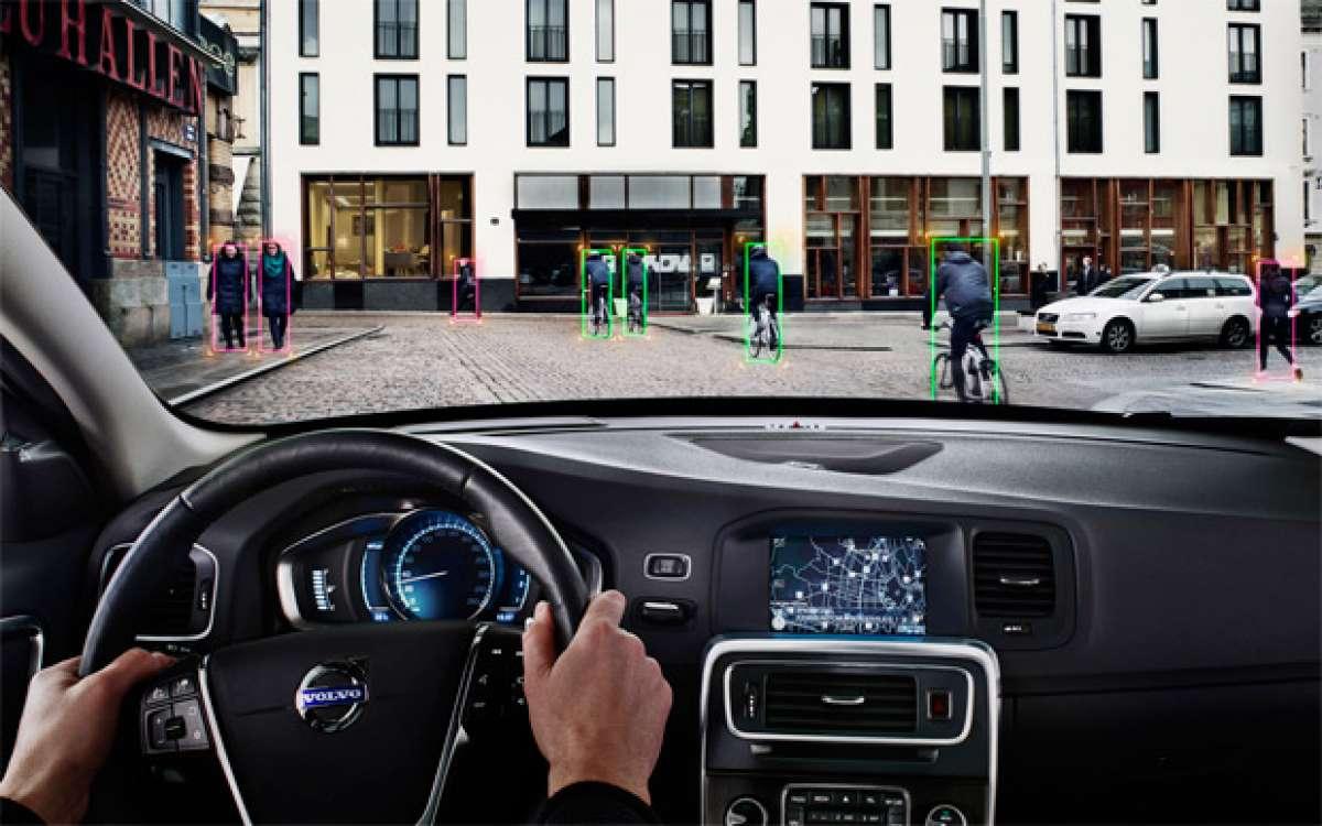 """Volvo City Safe, el sistema de freno """"inteligente"""" que evitará atropellos de ciclistas"""
