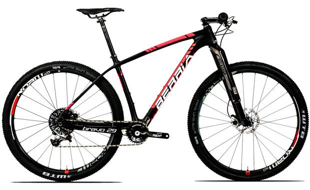 Berria Premium Series, nuevas versiones para la Bravo Infinity de Berria Bike