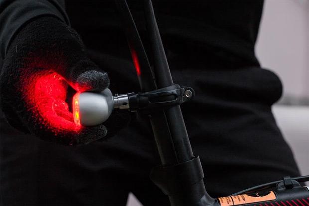 Blaze Burner, una luz trasera 'inteligente' de 100 lúmenes de potencia