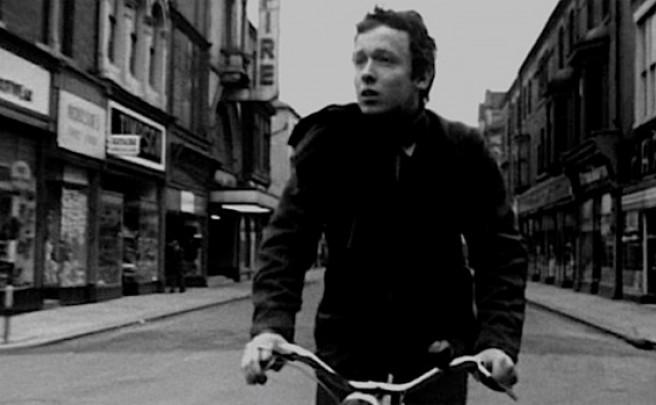 Para ciclistas cinéfilos: 'Boy and Bicycle', el primer cortometraje de Ridley Scott