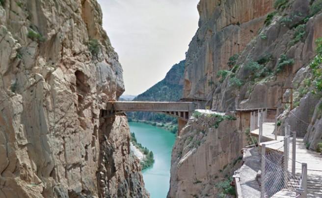 Un paseo por el 'Caminito del Rey' de Málaga desde nuestro propio hogar
