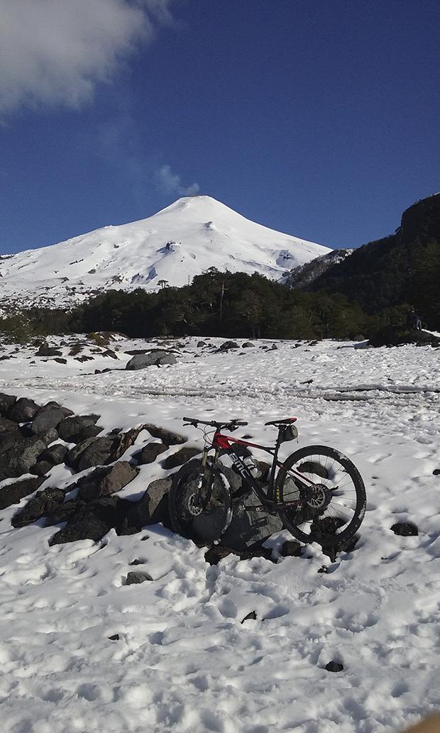 La foto del día en TodoMountainBike: 'Camino al volcán'