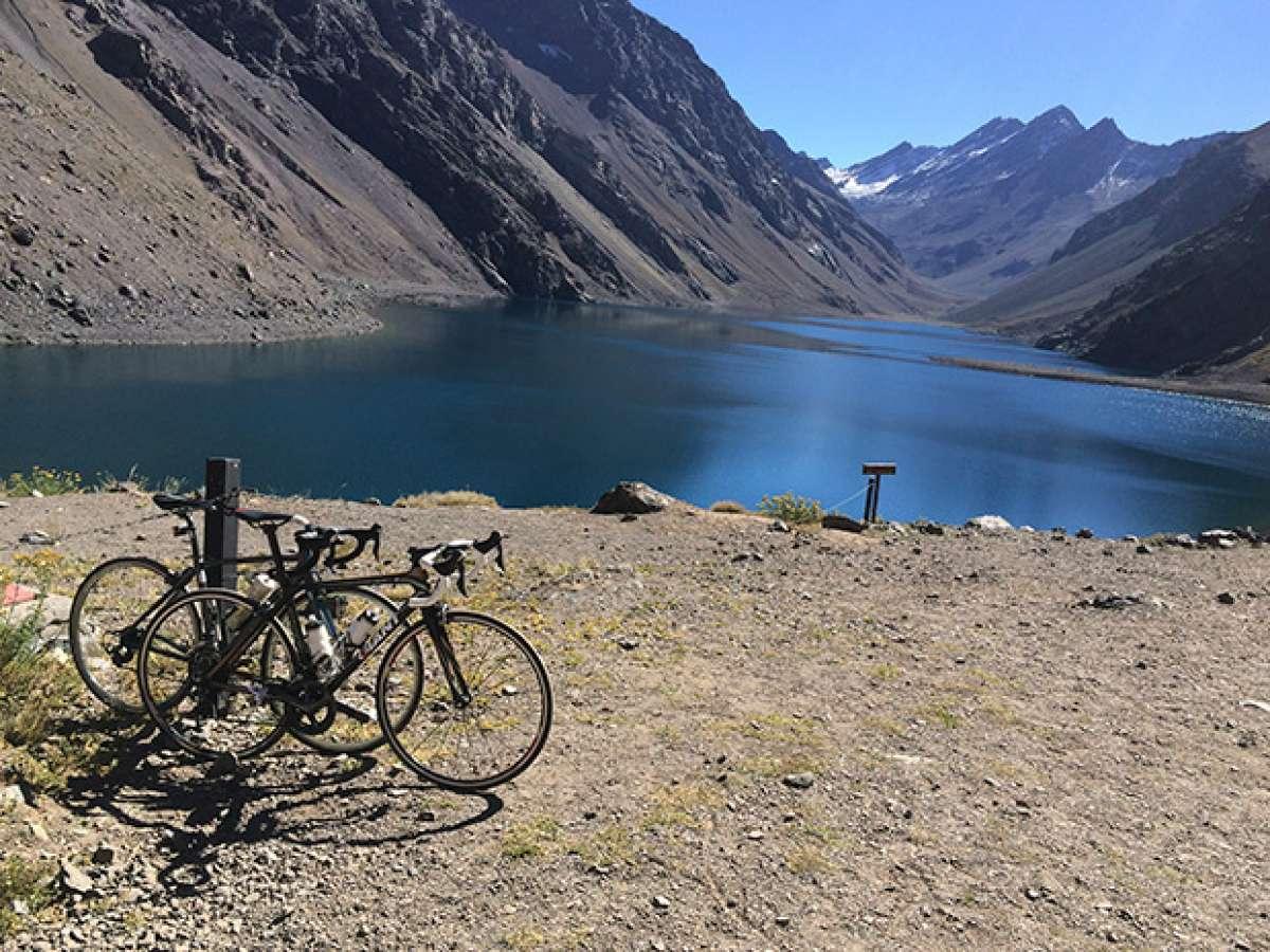 """La foto del día en TodoMountainBike: """"Centro de esquí Portillo (Chile)"""""""