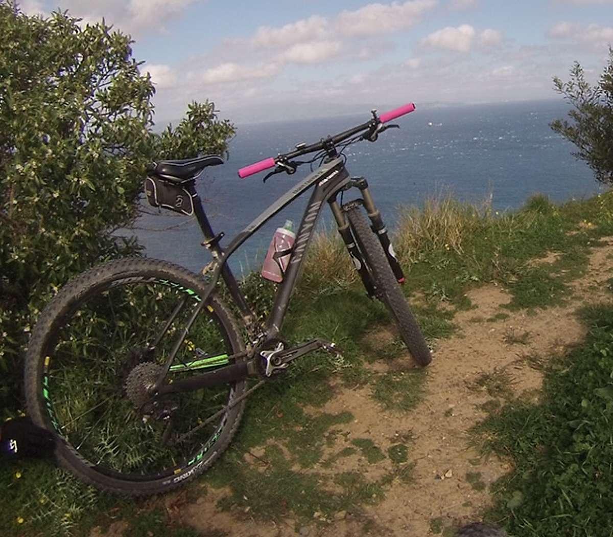 La foto del día en TodoMountainBike: 'Desde Ceuta mirando al estrecho de Gibraltar'