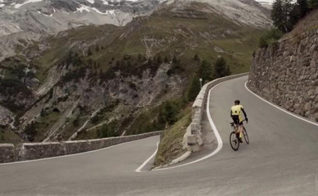 Así se rueda en el Paso Stelvio de los Alpes (Italia)