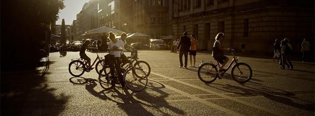 Cobrar por ir al trabajo en bici, un sueño convertido en ley (en Francia)