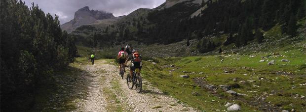 Siete consejos para mantener el rendimiento en las rutas más largas de Mountain Bike