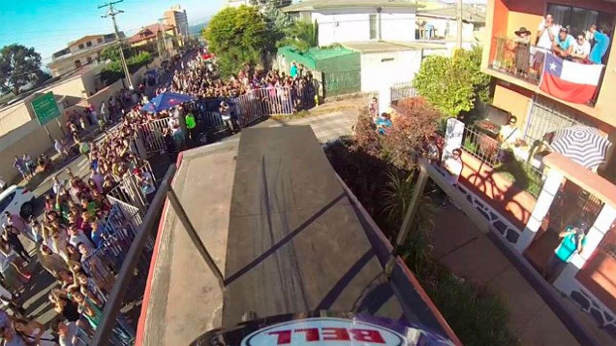 El increíble y vertiginoso descenso urbano en Valparaíso con cámara subjetiva de Mick Hannah