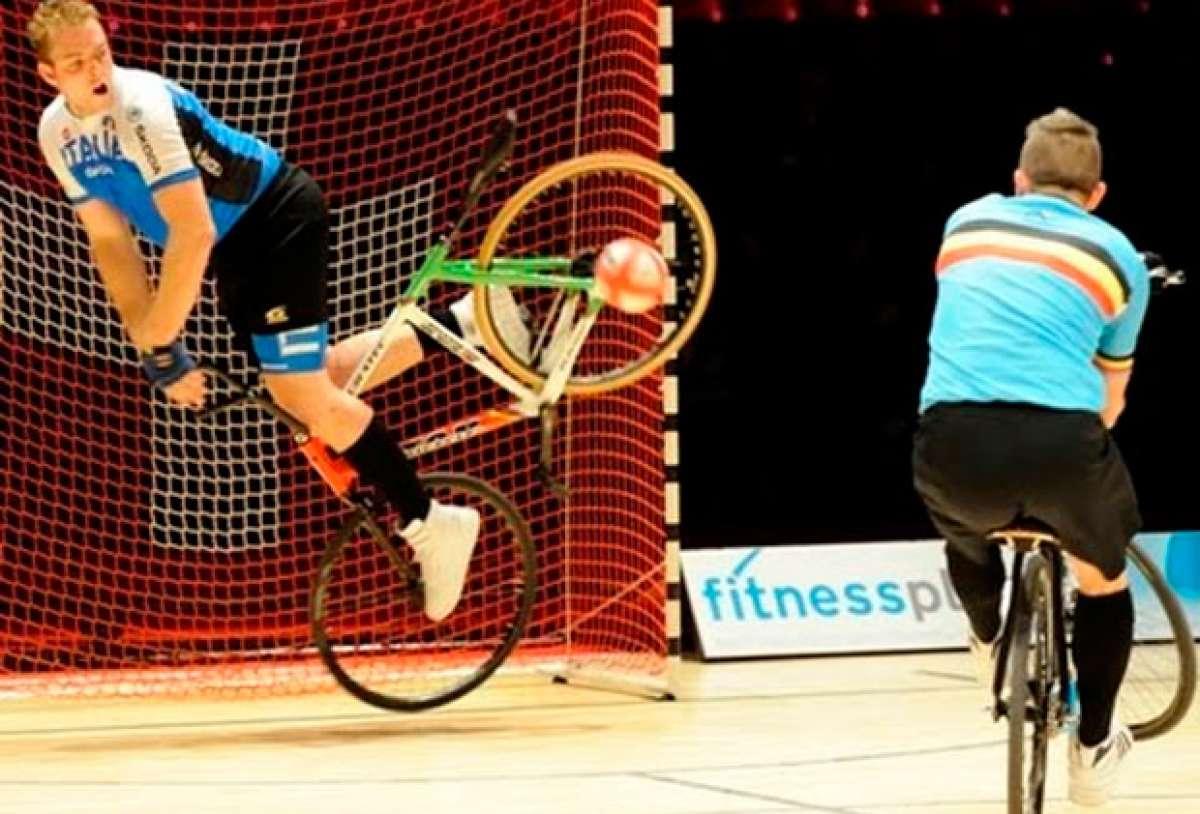 Ciclismo artístico y 'Cycle-Ball', dos disciplinas UCI más que espectaculares