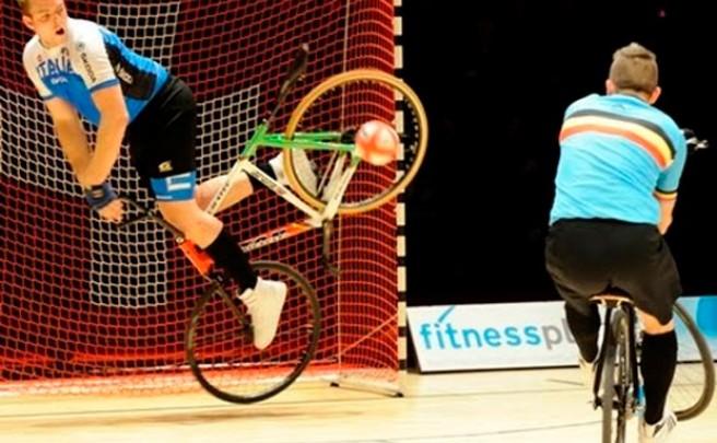 Ciclismo artístico y Cycle-Ball, dos disciplinas UCI más que espectaculares