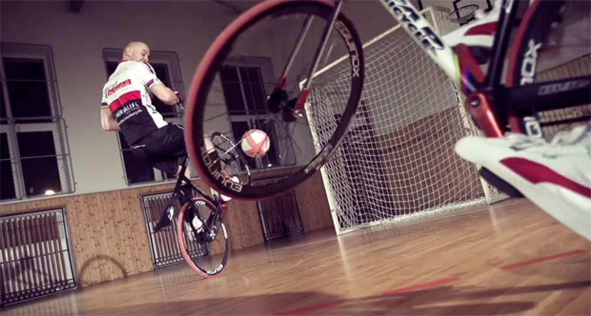 """Un día de entrenamiento con dos profesionales de la modalidad UCI de """"Cycle-Ball"""""""