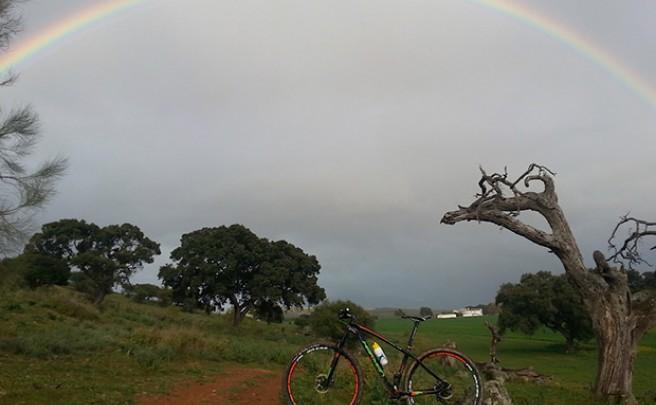 La foto del día en TodoMountainBike: 'Falda de la Sierra de Aras'