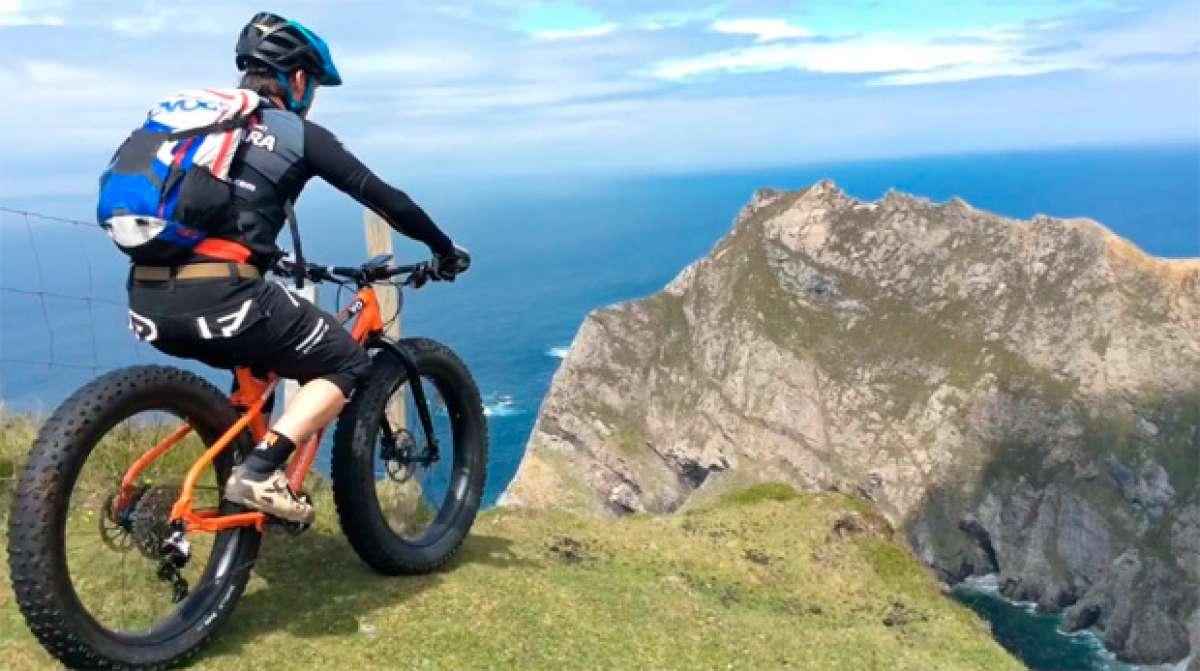 Practicando 'Fat Biking' en la Costa Oeste de Irlanda