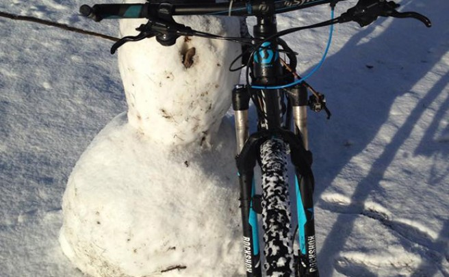 La foto del día en TodoMountainBike: 'Ciclista de nieve'