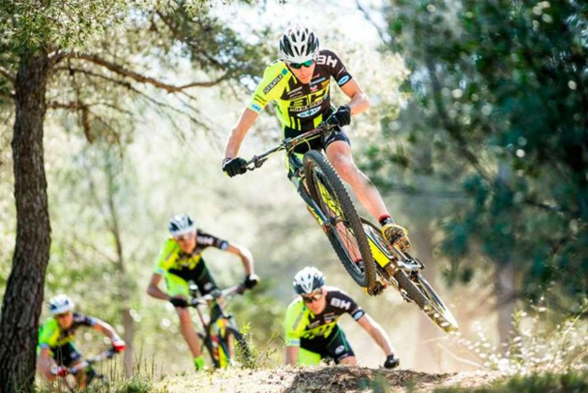 Así se prepara el equipo BH-SRSUNTOUR-KMC para competir en la Copa del Mundo UCI