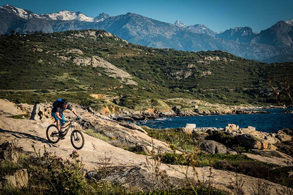 """""""Island of Thorns"""", o cómo cruzar la isla de Córcega en bicicleta de montaña"""
