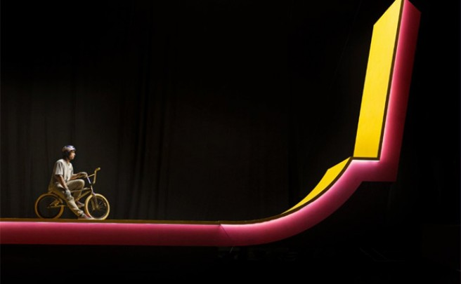 'Kaleidoscope', trucos 'surrealistas' sobre una BMX con Kriss Kyle