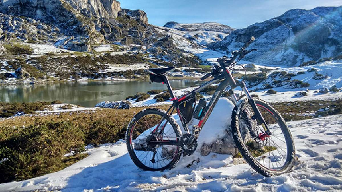 """La foto del día en TodoMountainBike: """"Lagos de Covadonga"""""""