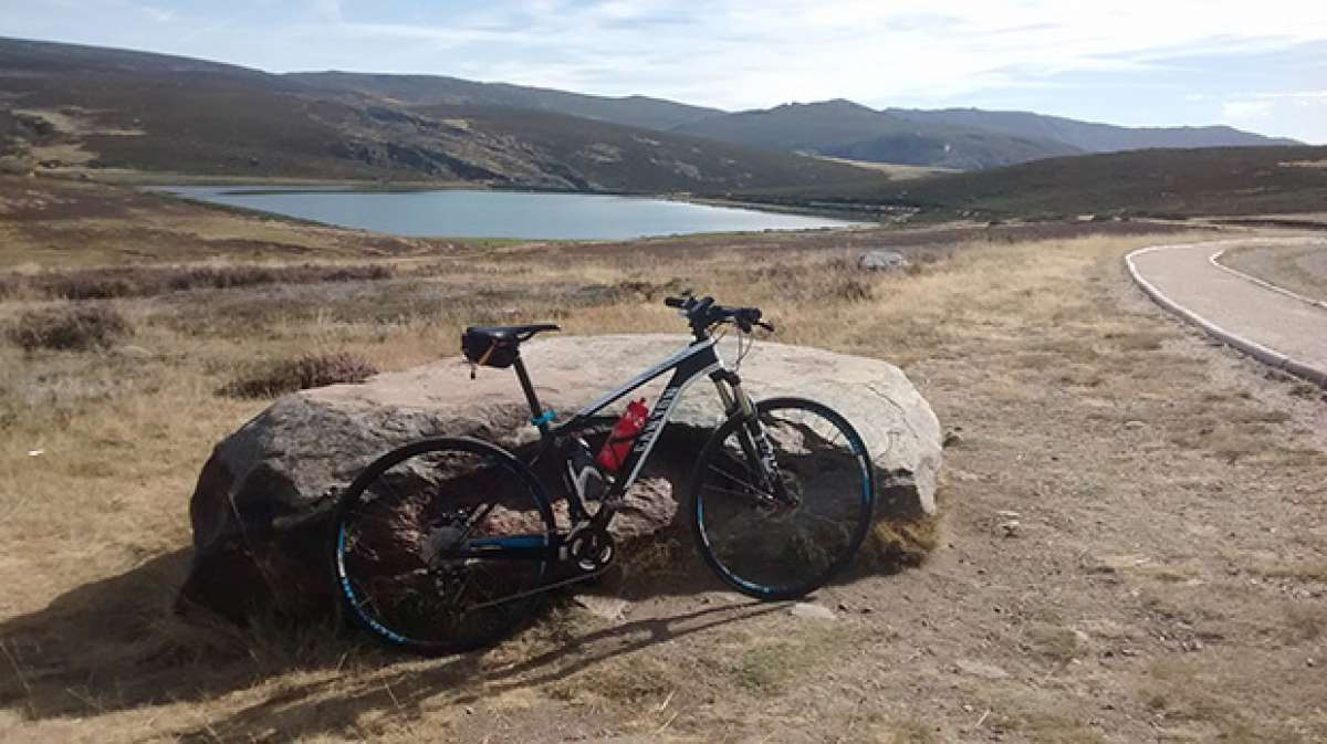 """La foto del día en TodoMountainBike: """"Con vistas al lago de Sanabria"""""""
