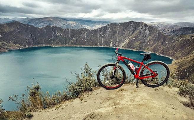 La foto del día en TodoMountainBike: 'Laguna del volcán Quilotoa (Ecuador)'
