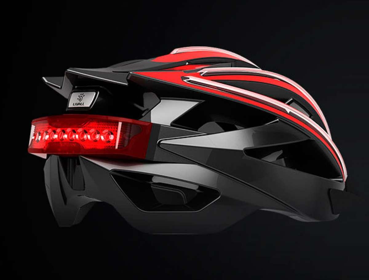 """Livall, un casco """"conectado"""" con iluminación, altavoces, micrófono y giroscopio de 3 ejes"""