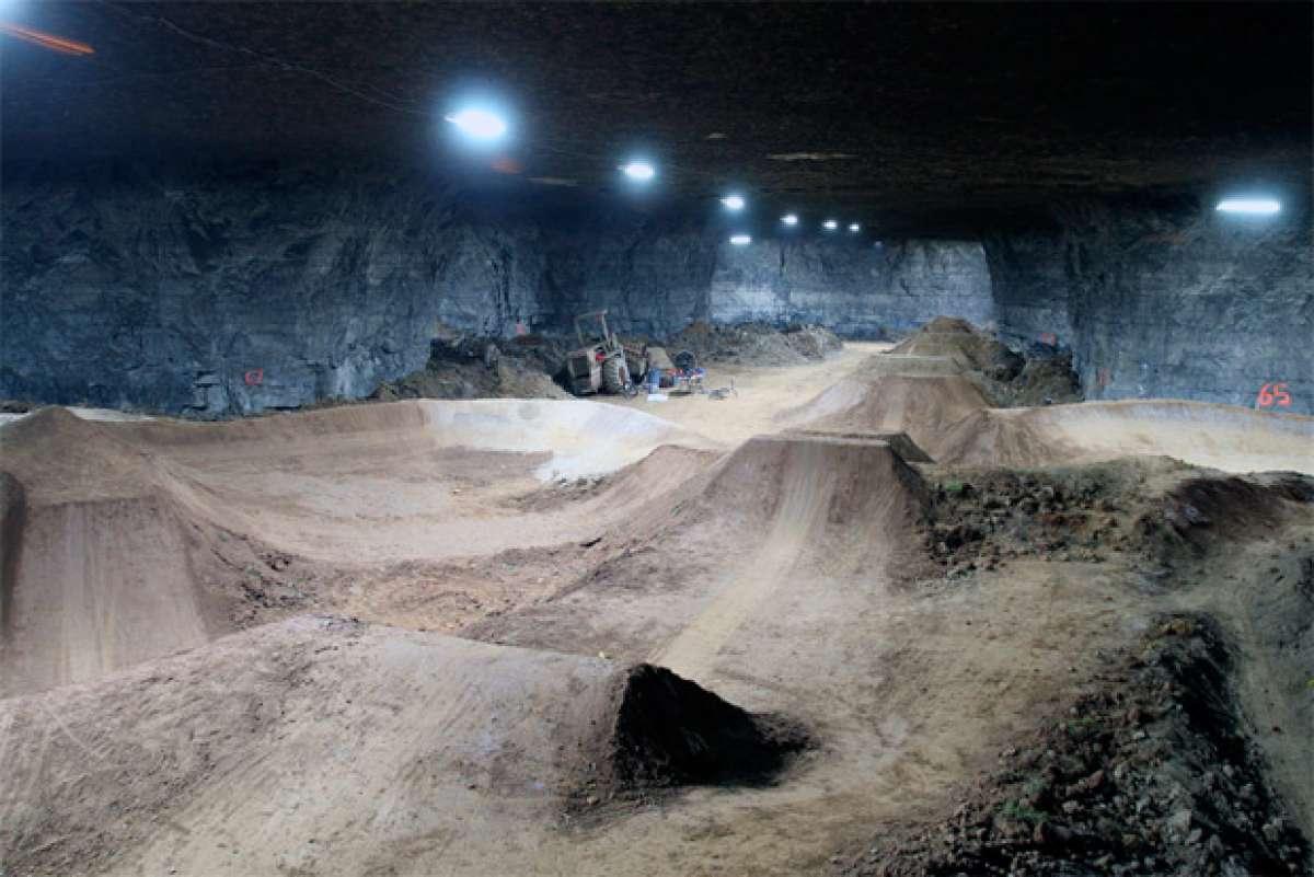 """Louisville Mega Cavern, el """"Bike Park"""" subterráneo más grande (e increíble) del mundo"""