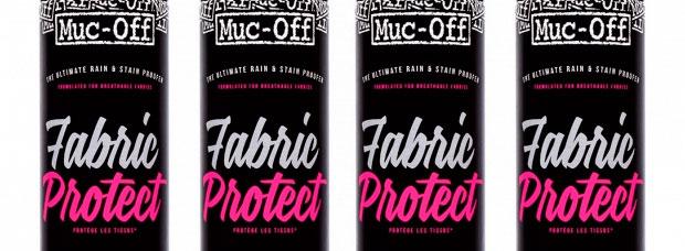 Muc-Off Fabric Protect, un espray hidrofóbico para impermeabilizar nuestras pertenencias 'al vuelo'
