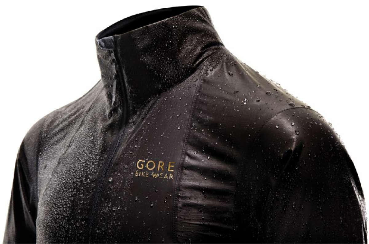 One Gore-Tex Active Shakedry, la chaqueta impermeable para ciclistas más avanzada del planeta