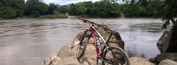 La foto del día en TodoMountainBike: 'A orillas del Magdalena'