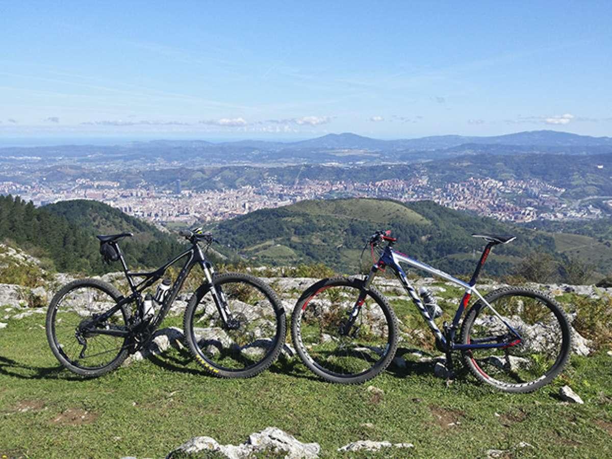 La foto del día en TodoMountainBike: 'Bilbao a nuestros pies'