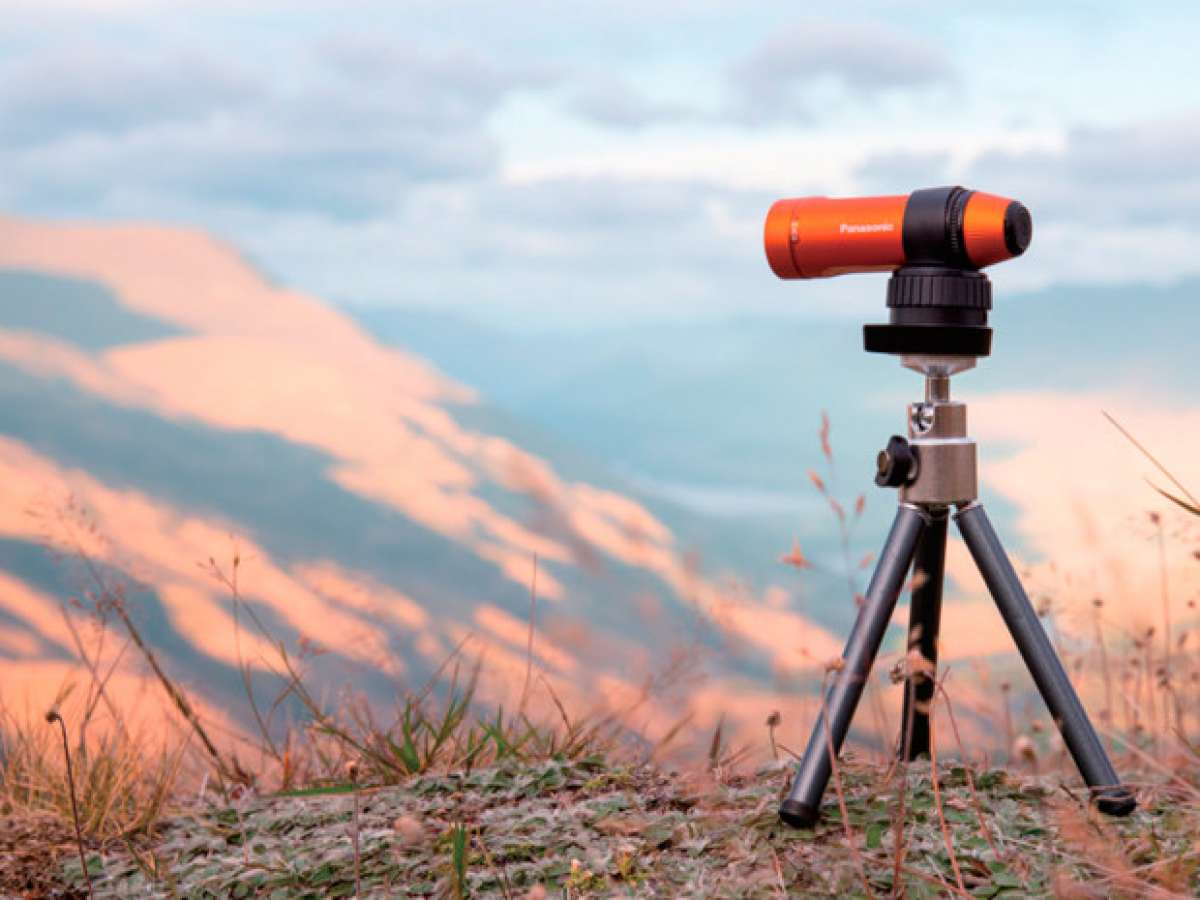 Panasonic HX-A1, una cámara de acción para grabar tanto de día... como de noche