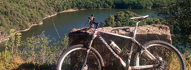 La foto del día en TodoMountainBike: 'Pantano de Susqueda - Pantano de Sau'