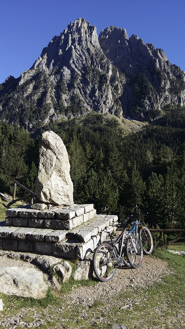 """La foto del día en TodoMountainBike: """"Parque Nacional de Aigüestortes i Estany de Sant Maurici"""""""