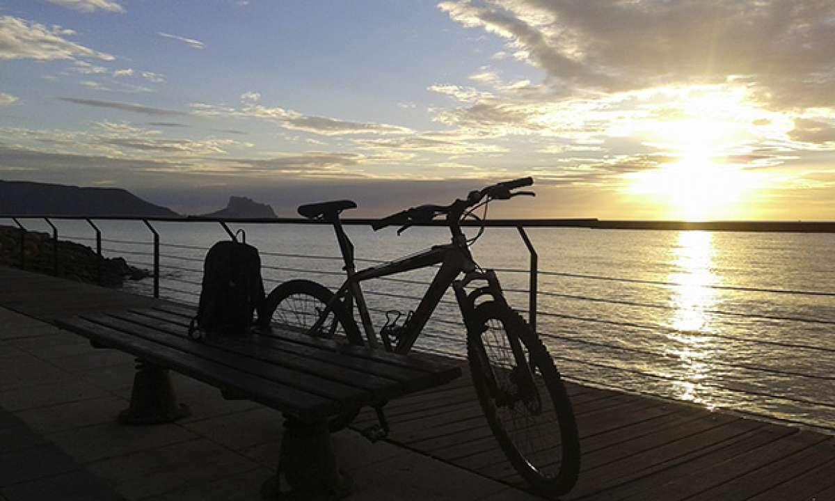La foto del día en TodoMountainBike: 'Paseo marítimo de Altea'
