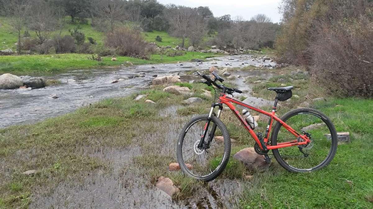 La foto del día en TodoMountainBike: 'Paso del río Aljucén'