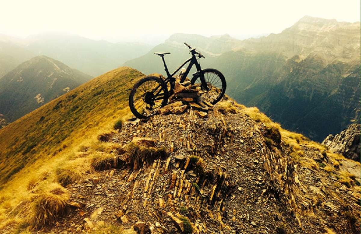 La foto del día en TodoMountainBike: 'El pico Comodoto'