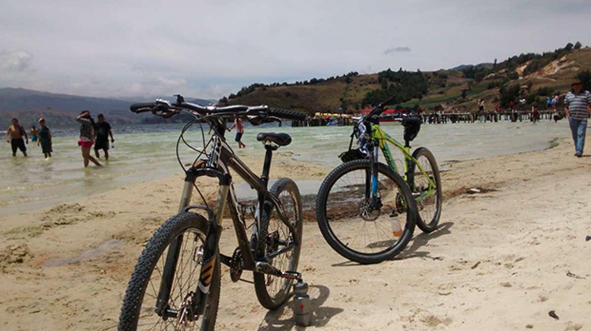"""La foto del día en TodoMountainBike: """"En Playa Blanca (Colombia)"""""""