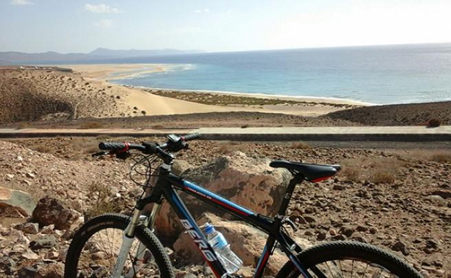 La foto del día en TodoMountainBike: 'Playa de Sotavento'