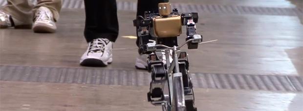 Así pedalea el primer robot ciclista del mundo