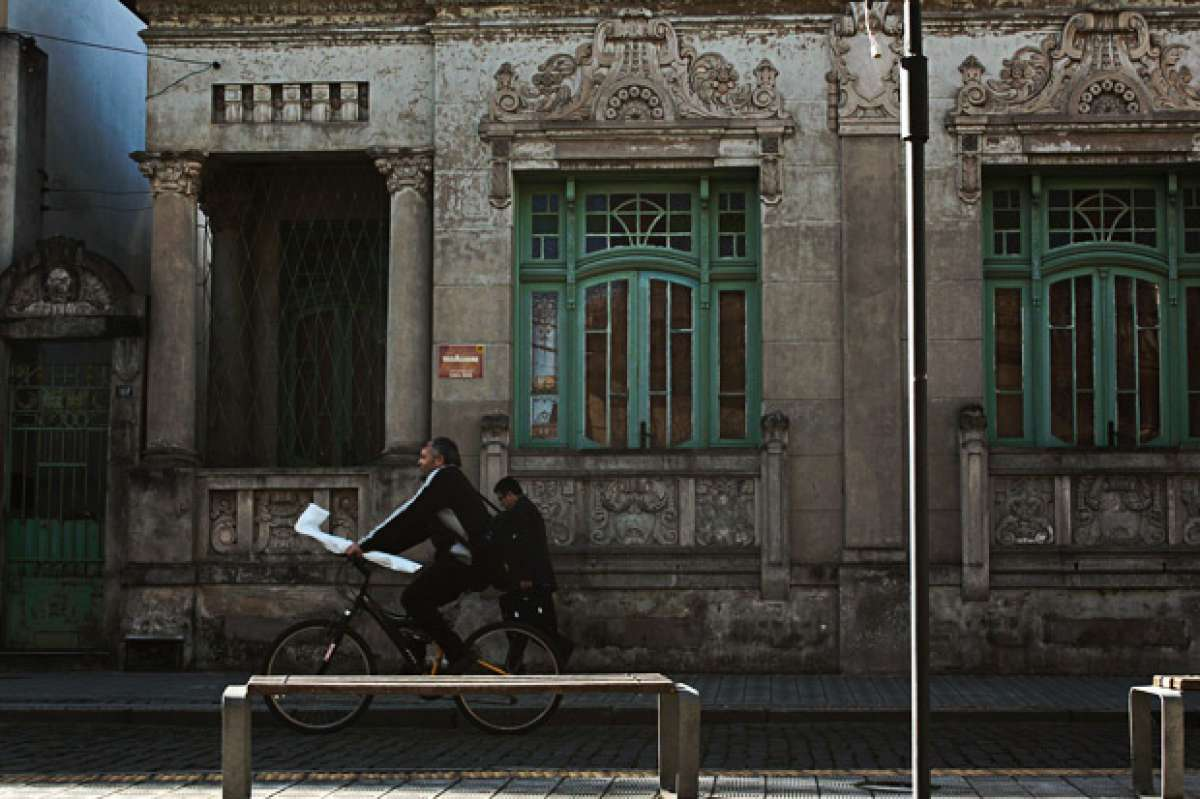 ¿Cobrar por ir al trabajo en bicicleta? Sí, en Francia y ahora también en Italia
