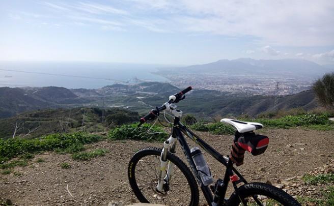 La foto del día en TodoMountainBike: 'Subida al Puerto del León'