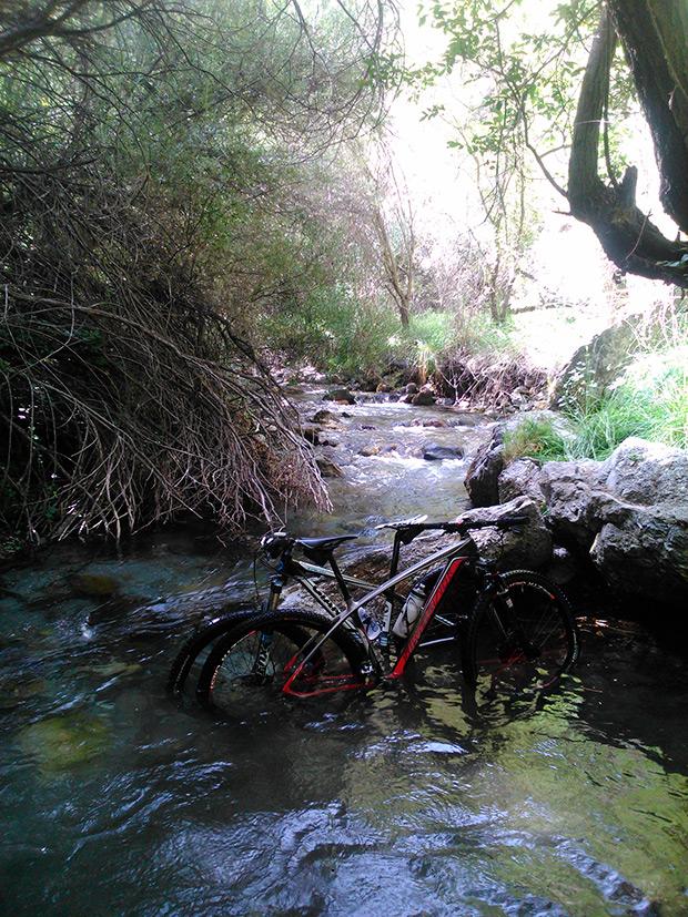 La foto del día en TodoMountainBike: 'Río Dílar en Granada'