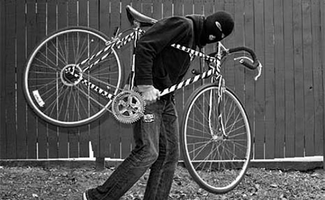 Robados y apaleados: Los peligros de vender una bicicleta en Internet