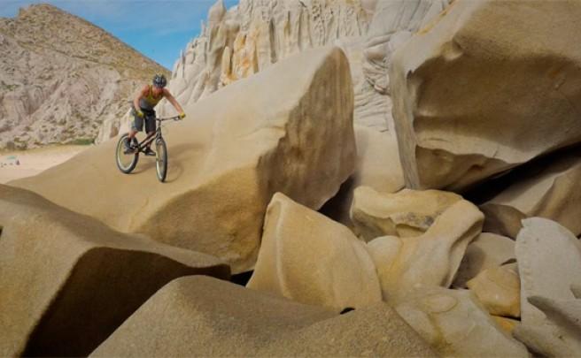 Trial extremo en Cabo San Lucas (México) con Mike Steidley y su bicicleta
